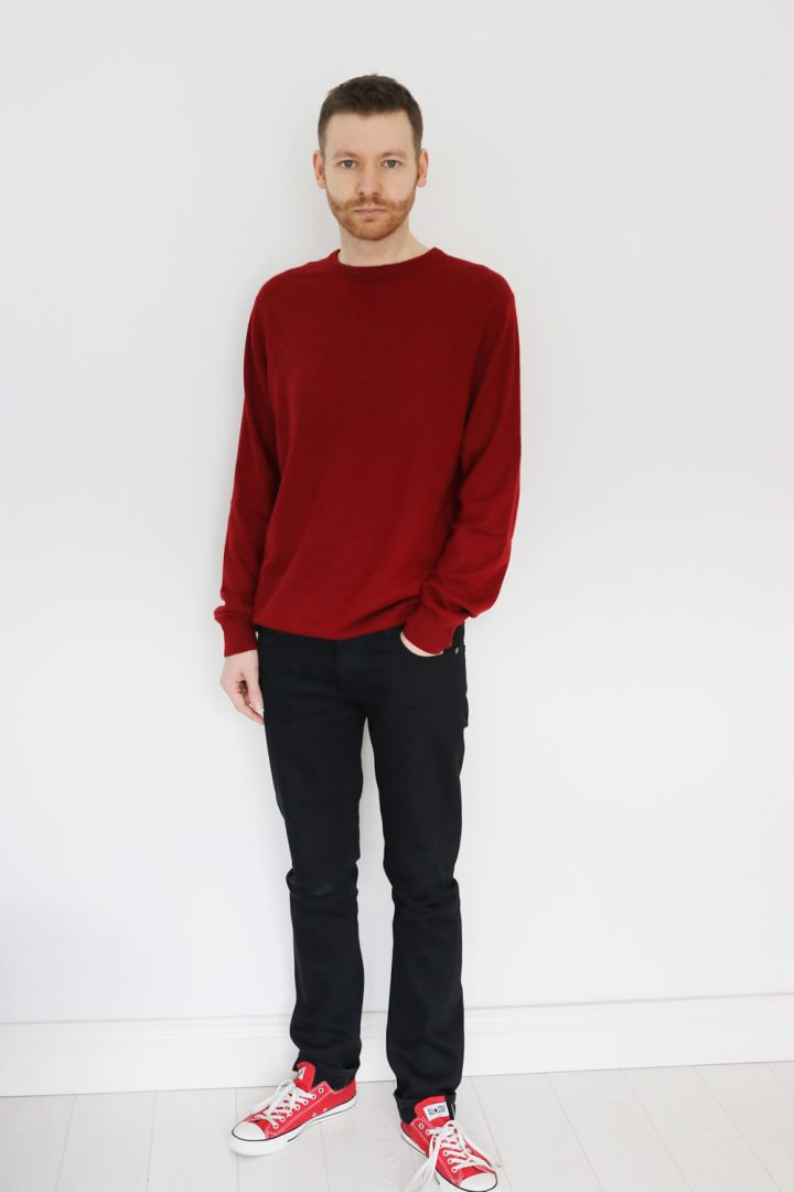 Black Jeans With Red Jumper