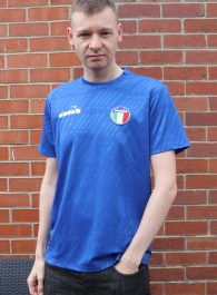 Michael84 wearing the Diadora RB94 Olympic Blue T Shirt