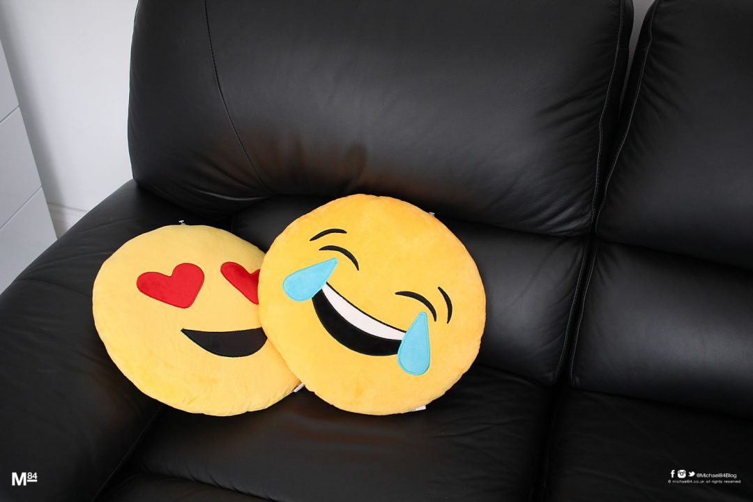emoji-cushions-michael84