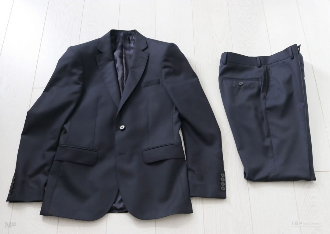 Navy suit for a night out