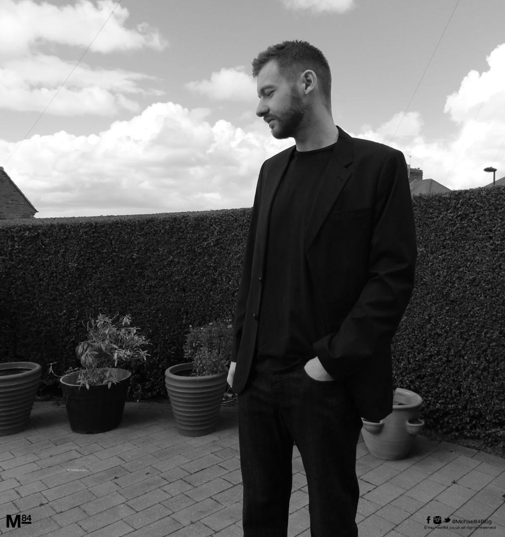 Black Blazer With A T-Shirt