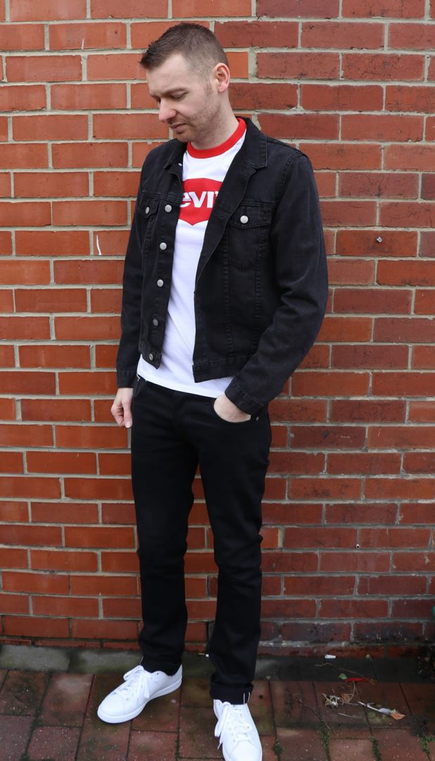 White Levi's Ringer, Black Denim Jacket, Black Jeans