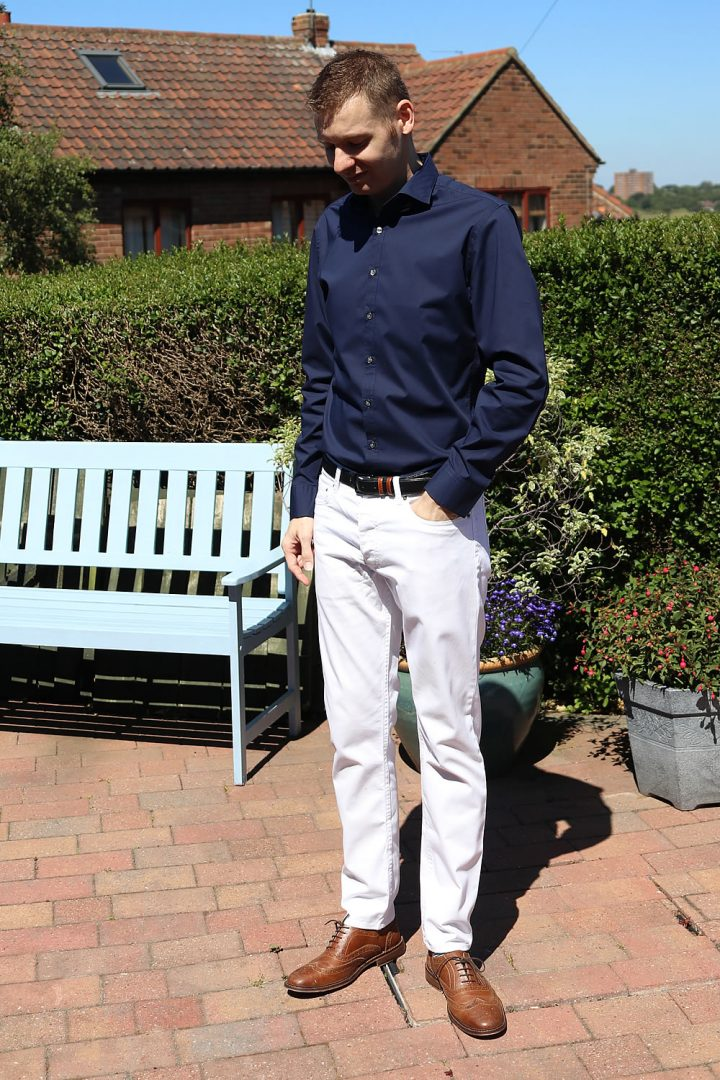 The Navy Shirt White Jeans Combination Men S Outfit Idea