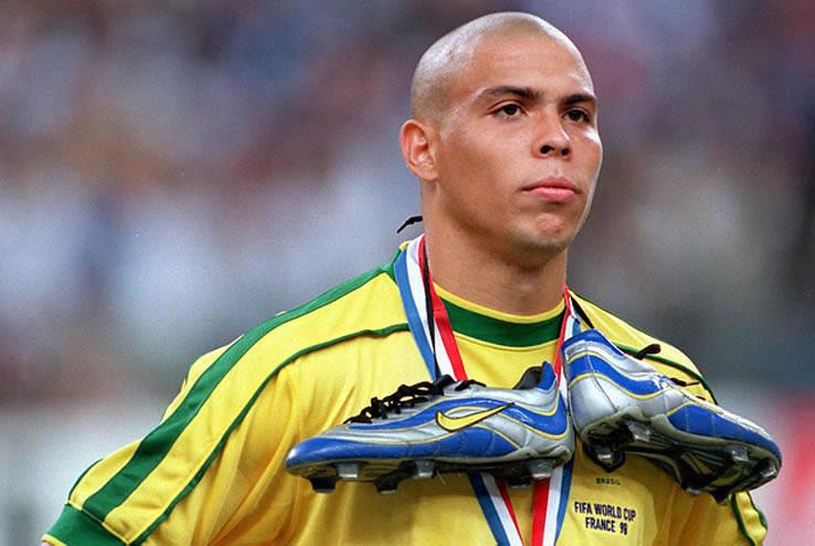 Ronaldo And his Original R9 Football Boots