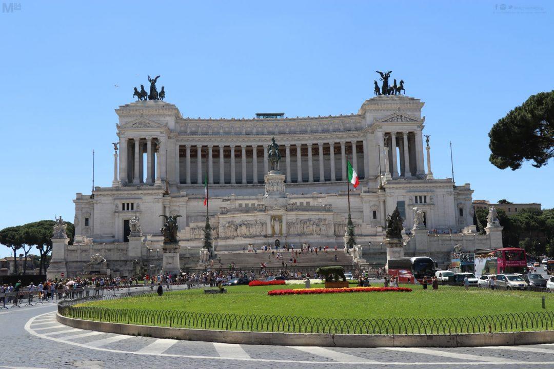 Altare della Patria at Piazza Venezia