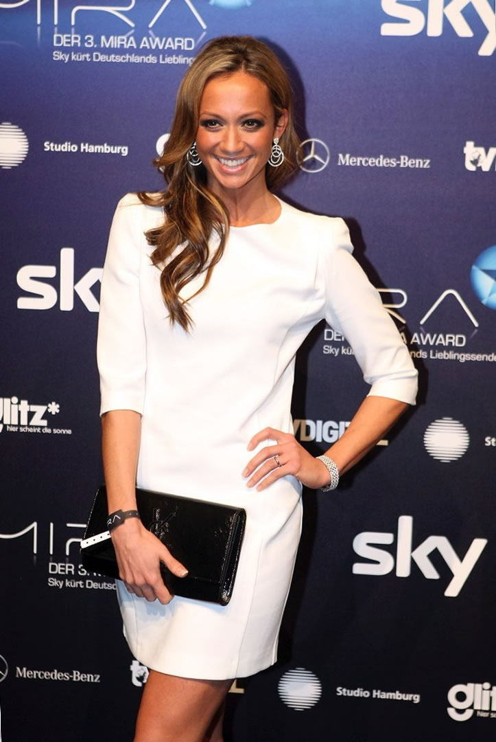sky-sports-news-girls-kate-abdo