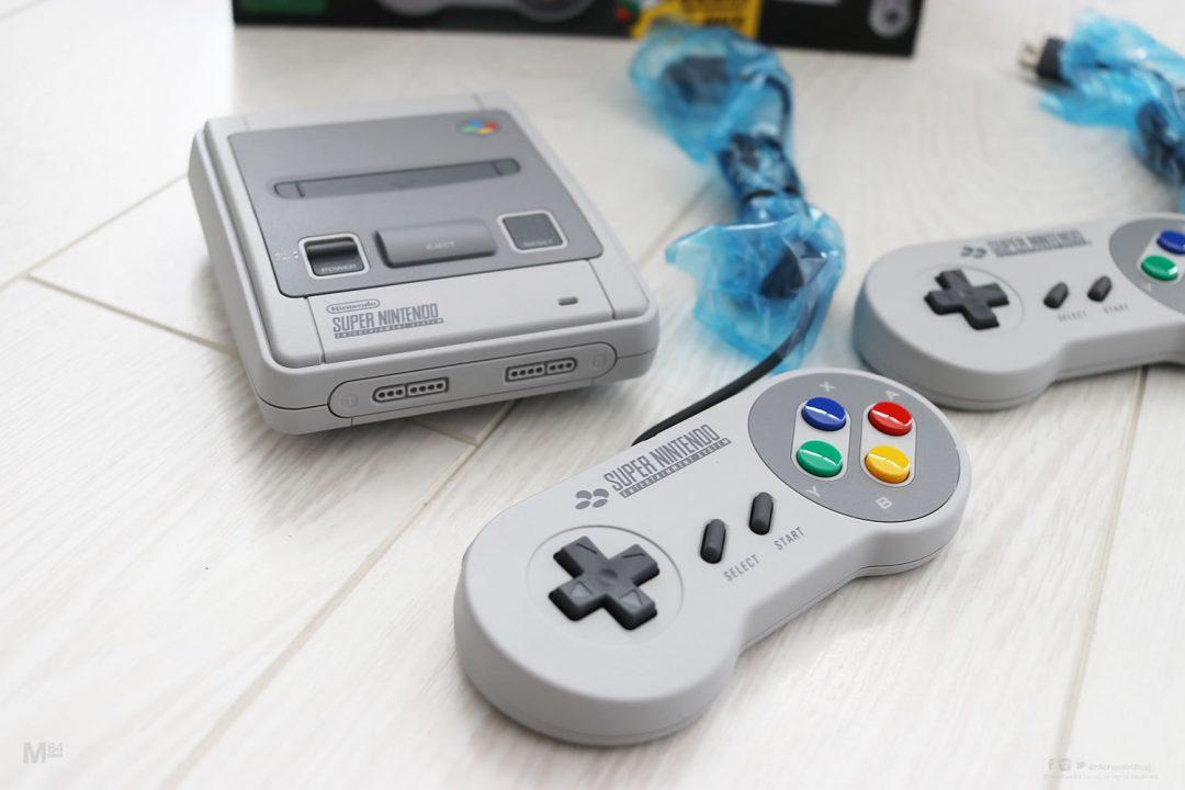 Close Up Super Nintendo Classic Mini