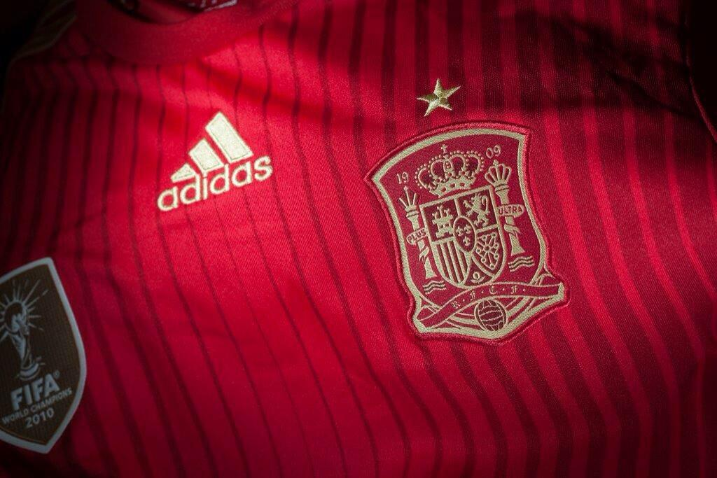 Official: Spain 2014 Home Kit For The World Cup Unveiled Mic