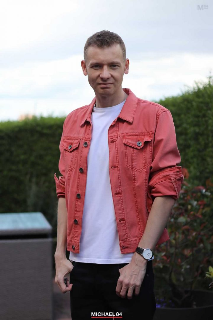 White T Shirt With Denim Jacket Outfit